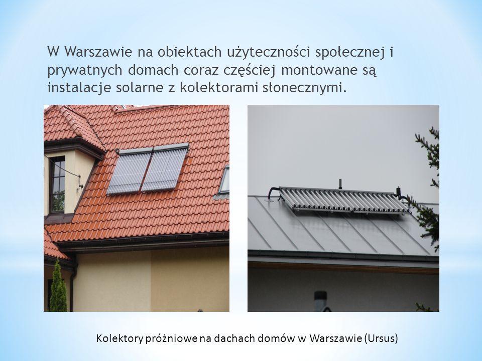 Kolektory próżniowe na dachach domów w Warszawie (Ursus)
