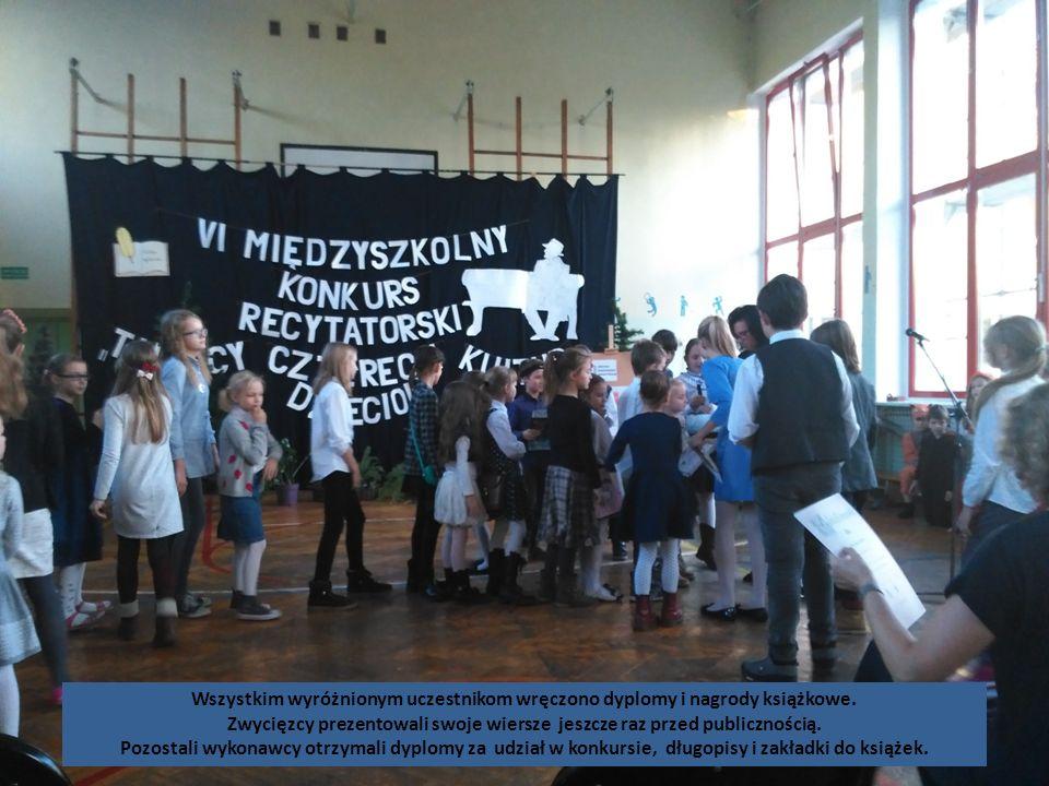 Zwycięzcy prezentowali swoje wiersze jeszcze raz przed publicznością.