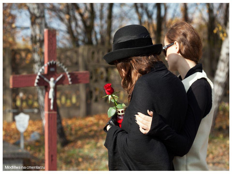 Modlitwa na cmentarzu
