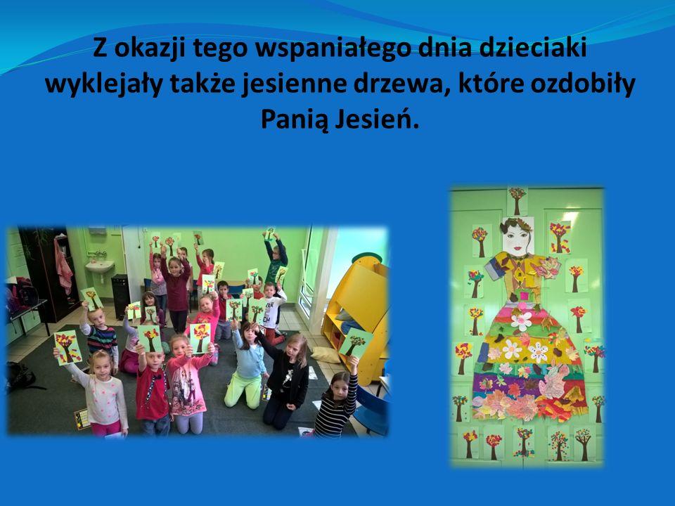 Z okazji tego wspaniałego dnia dzieciaki wyklejały także jesienne drzewa, które ozdobiły Panią Jesień.