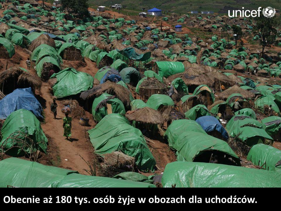 Obecnie aż 180 tys. osób żyje w obozach dla uchodźców.