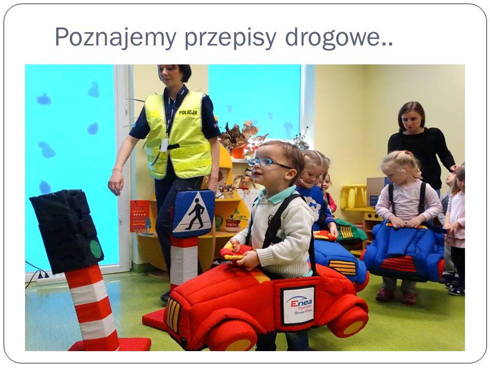 Poznajemy przepisy drogowe..