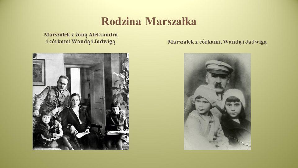 Rodzina Marszałka Marszałek z żoną Aleksandrą i córkami Wandą i Jadwigą.