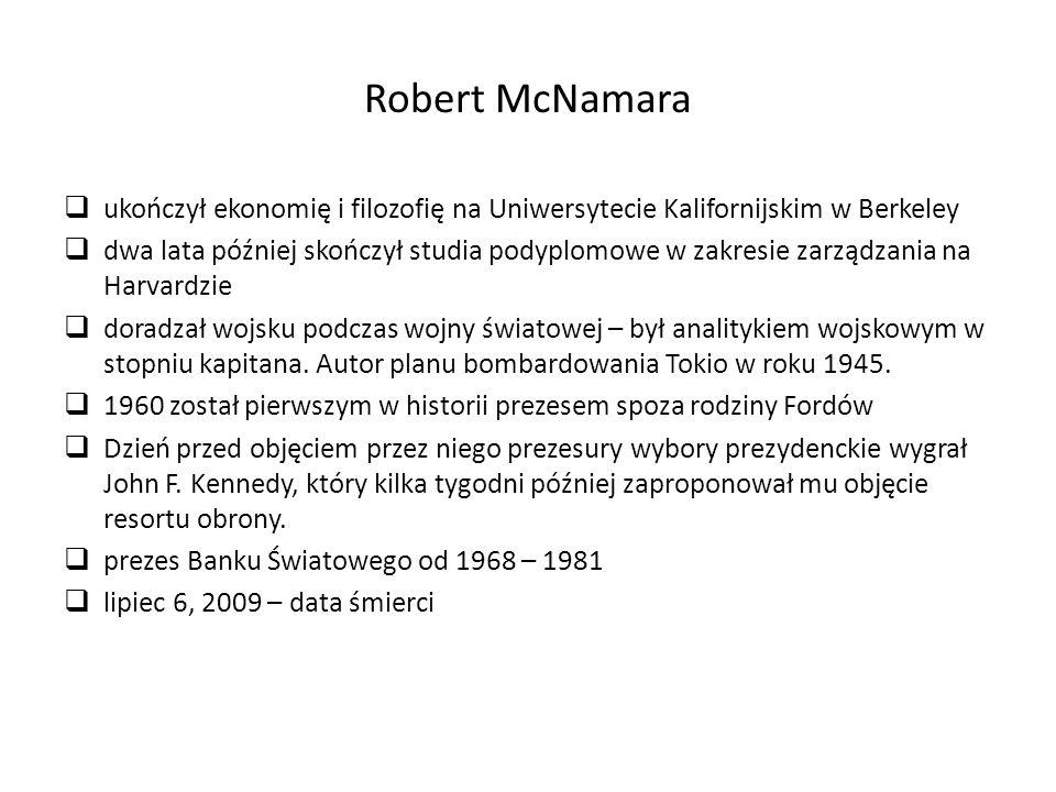 Robert McNamara ukończył ekonomię i filozofię na Uniwersytecie Kalifornijskim w Berkeley.