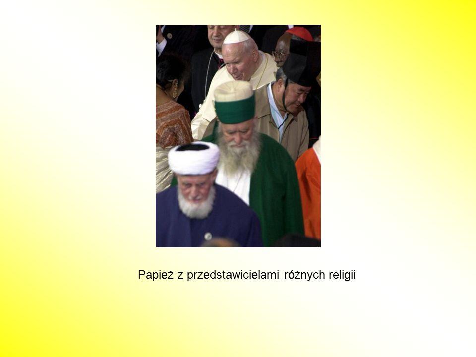 Papież z przedstawicielami różnych religii